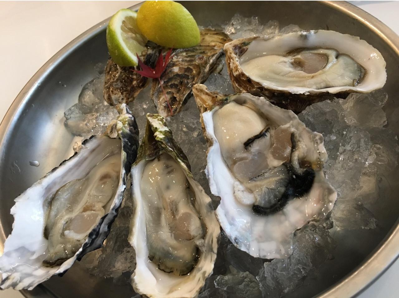 オイスタールームの牡蠣