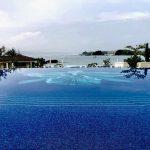 【ノウハウ】ハレクラニ沖縄のオーキッドプールの360度水中写真をアニメーション化する方法