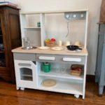 組み立て大変だった「ままごとキッチン cook&store core+」は作りが良くてオススメです!